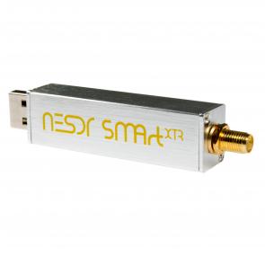 Nooelec NESDR SMArt XTR SDR - Premium RTL-SDR w/ Extended Tuning Range, Aluminum Enclosure, 0.5PPM TCXO, SMA Input